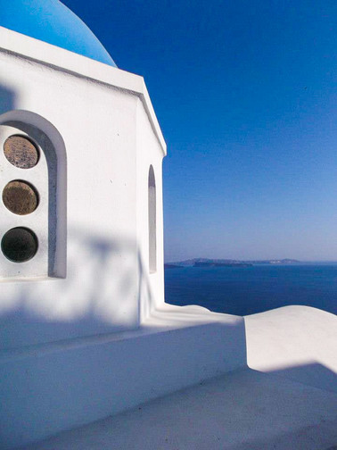 Santorini Bule & White.jpg