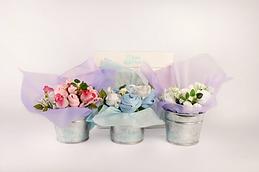 Regalos de nacimiento, Macetitas de 6 prendas, flores hechas con ropa de bebé, souvenirs, ajuares para empresas, ramos de flores hechos con ropa de bebé, ajuar de bebe, souvenirs,  regalo de nacimiento, babyshower, bautismo, regalos empresariales para nacimiento,