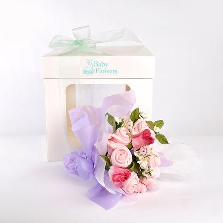 regalos empresariales, bouquets, ramo, flores, ajuar, regalo de nacimiento, bautismo, centro de mesa, ropa de bebé, souvenirs,  regalo de nacimiento,