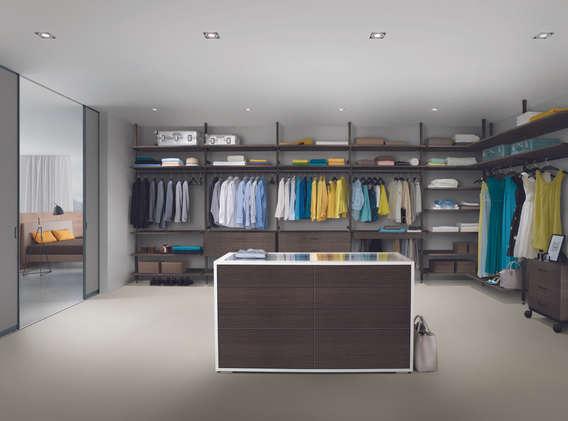 begehbarer Kleiderschrank - farbig.jpg