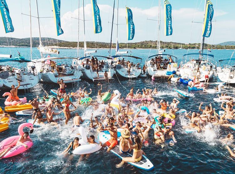 Day 5 - Circle Raft Party