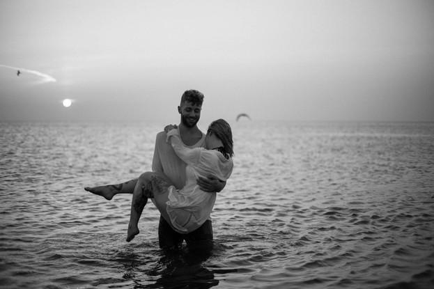 Emmy-shoots-beach-46.jpg