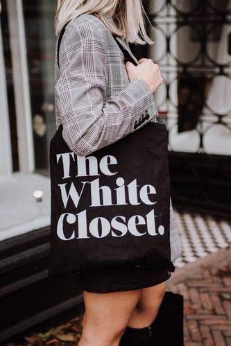 emmy-shoots-the-white-closet-26.jpg