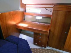 Dresser to aft cabin