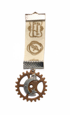 Steampunk medal with cog and moon detail