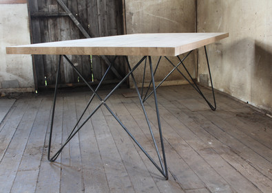 Space Leg Table