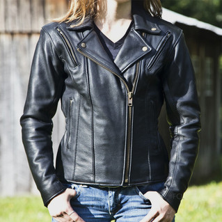 Fox Creek women's Fitted Classic Leather Jacket