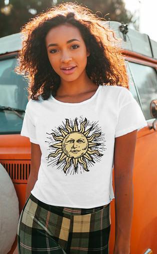 Women's Sun Face Burton cropped tee shir