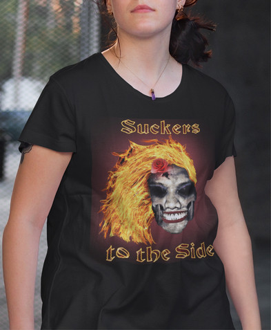 Suckers to the Side Women's Curvy T-Shir