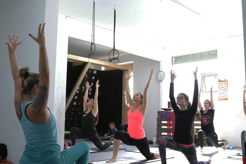 Yoga im HotzenBlock