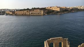 Eftermiddagspromenad i soliga Valetta på Malta