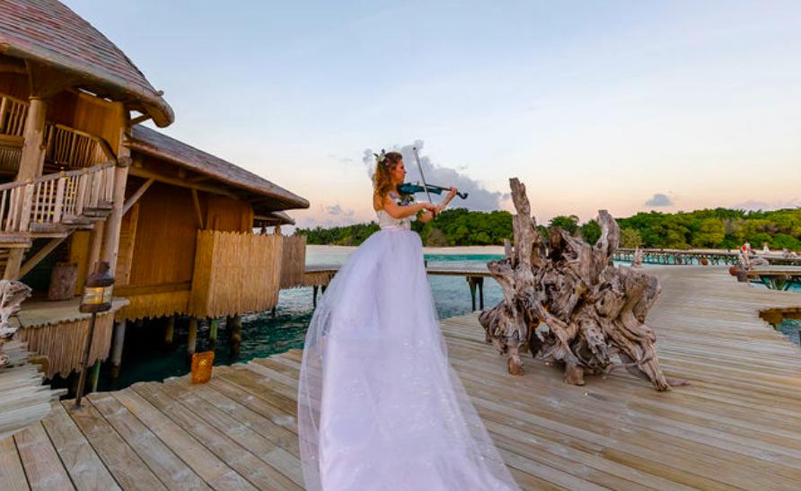 Stilts - maldives.png