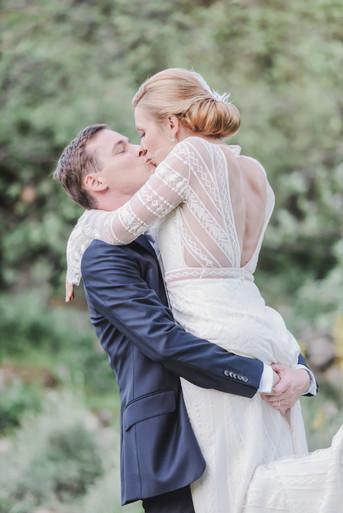 Groom_and_bride.jpg