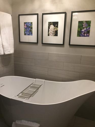 Powder Room Tub
