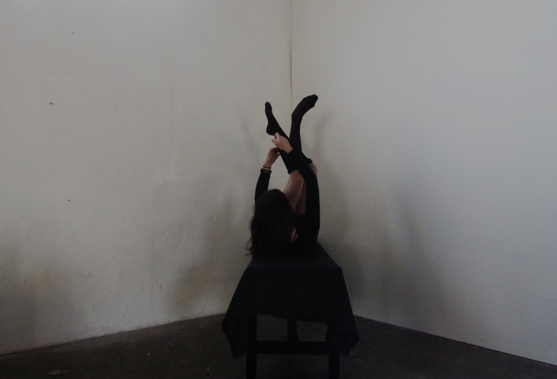 Entrapment, Performance-To-Camera, 2018