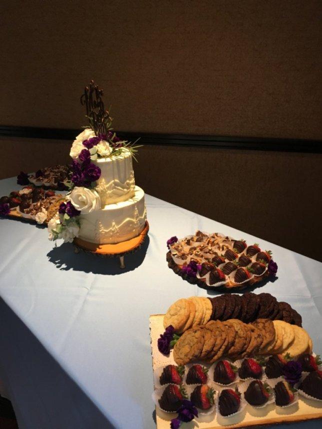 Cake & Dessert Bar