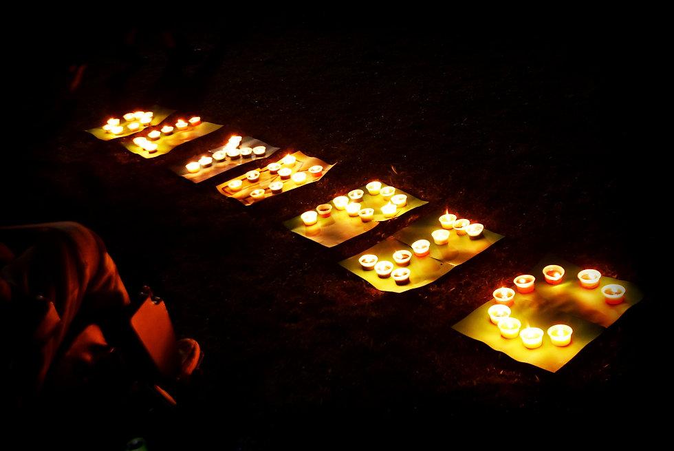 universal candle (122).jpg