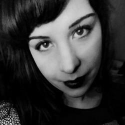 Lola Vutru
