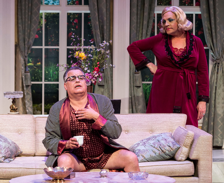 """Review: This Show Is Flat-out Hilarious. You'll """"Die"""" Laughing"""