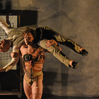 """Review: """"Frankenstein"""" – All You Need Is Love"""