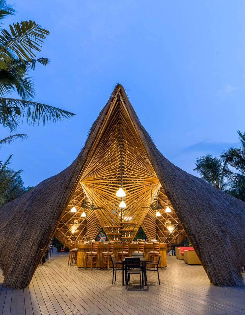 bamboo-flamingo-pavilion-bar-bambubuild-