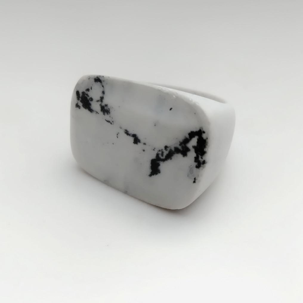 Anel resina Reine mármore