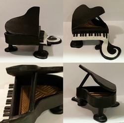 Dali's Piano (2013)