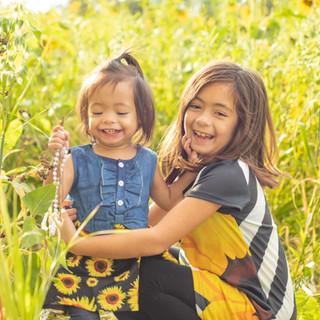 Sunflower sisters-177.jpg