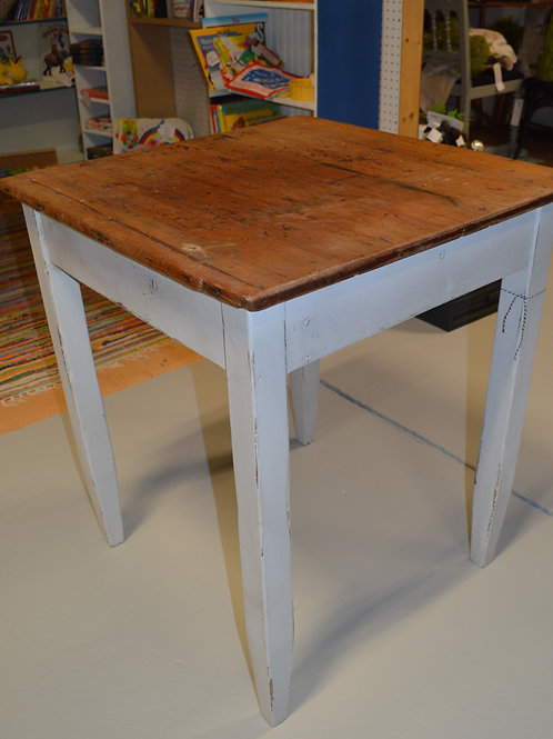 Gray & Wood Refurbished table