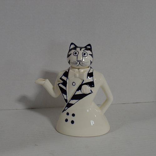 Tuxedo Cat Teapot