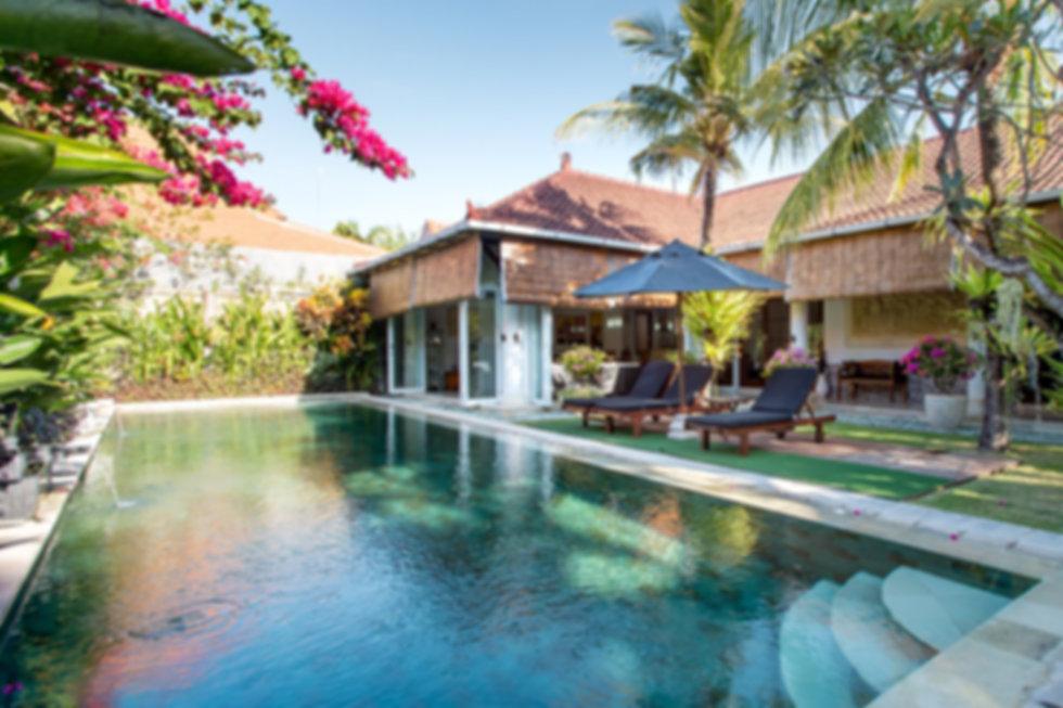 Villa Livo Sanur with airbnb