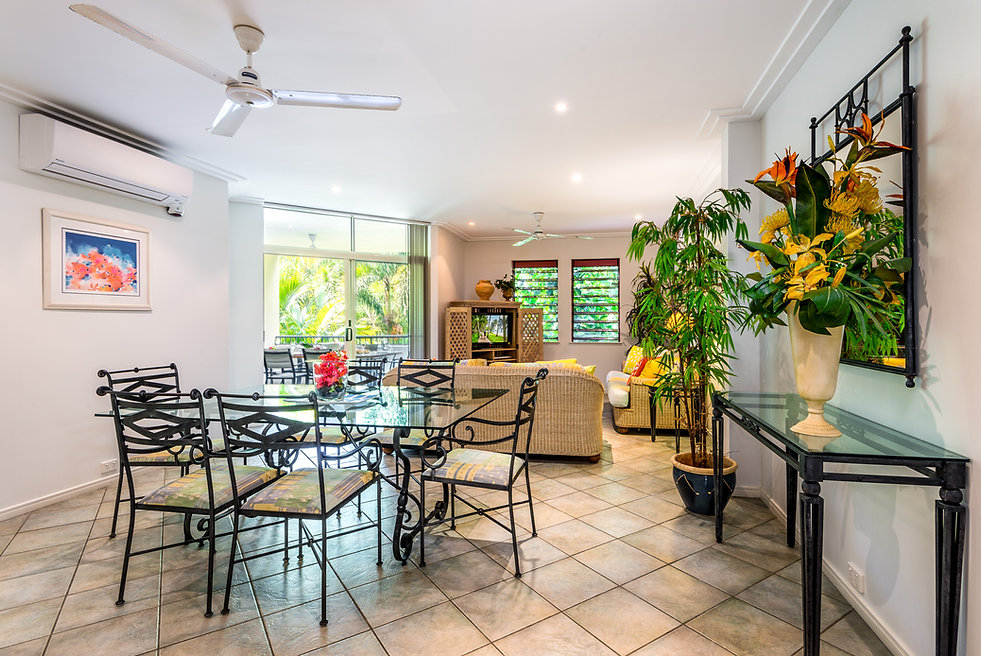 Oasis 8 Paradise at Palm Cove with airbnb
