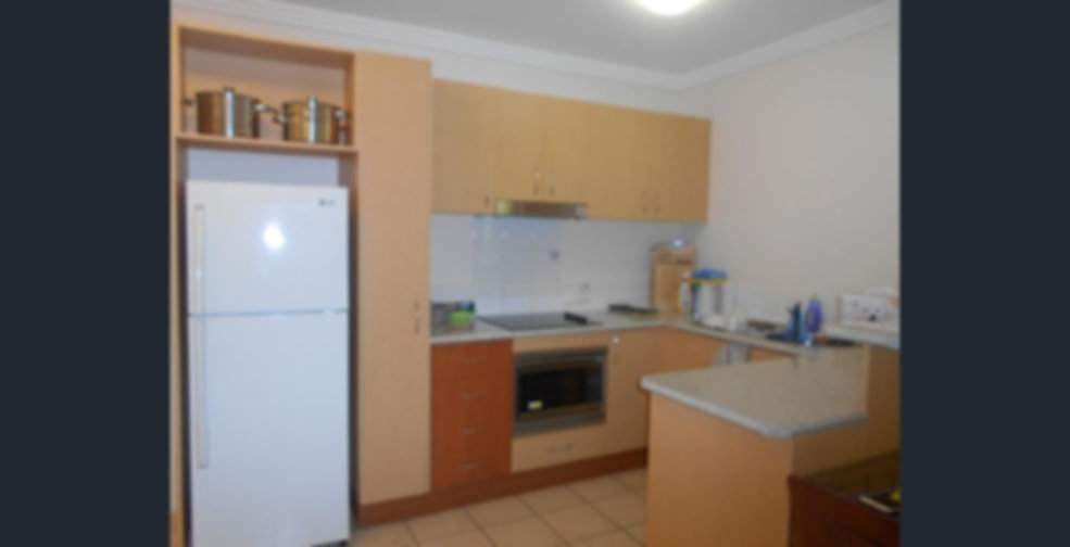 18 Central Plaza Kitchen area