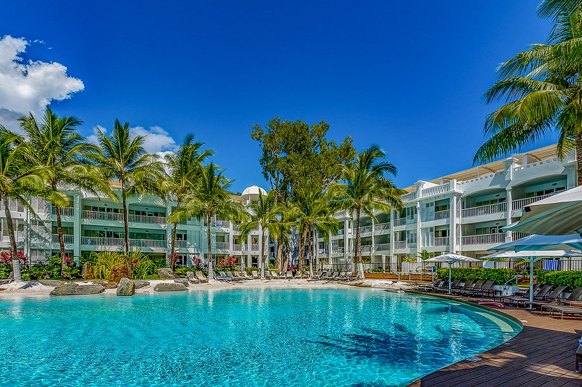 Palm Cove Accommodation at Peppers Beach Club with Private Apartments