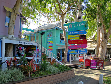 Palm Cove Sunday Markets