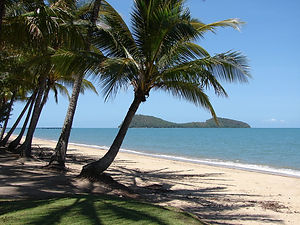 View from Palm Cove to Double Island