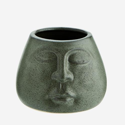 Yebetu the Flower Pot