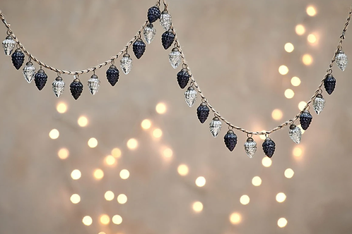 Harini Bauble Garland -Antique Silver and Black