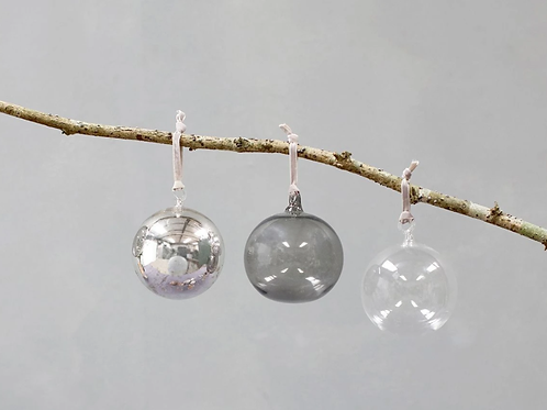 Tikari Glass Round Bauble-Set of 3