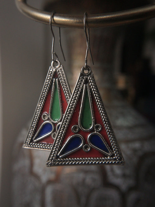 Enamel Triangles