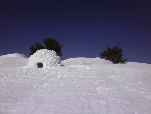 igloo sur les hautes chaumes.jpg