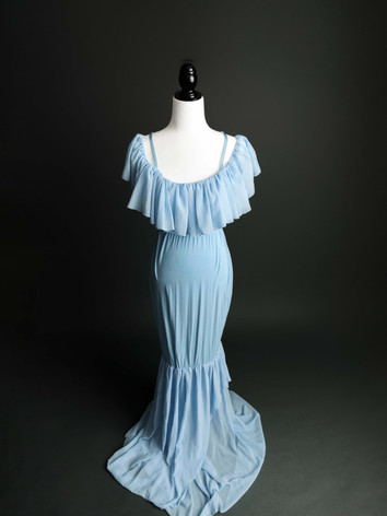Maternitygowns-2.jpg