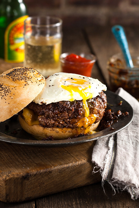 Burger with fried egg and Sesame Bun