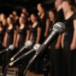 Sänger*innen für unsere Chöre gesucht