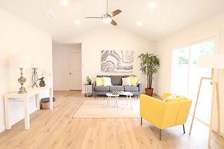 buckingham livingroom.jpg