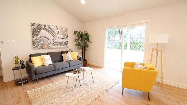 buckingham livingroom after 2.jpg