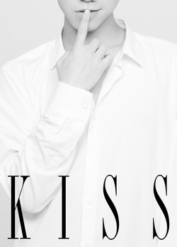 MeseMoa.Conceptual photobook「KISS」