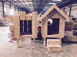 Wendy Houses for Frakapor!
