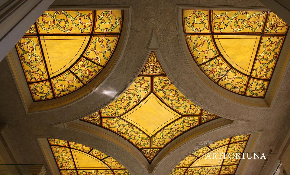 плафон потолка с росписью.jpg