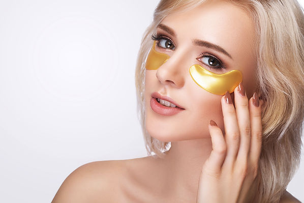 woman-beauty-face-with-mask-eyes-beautif